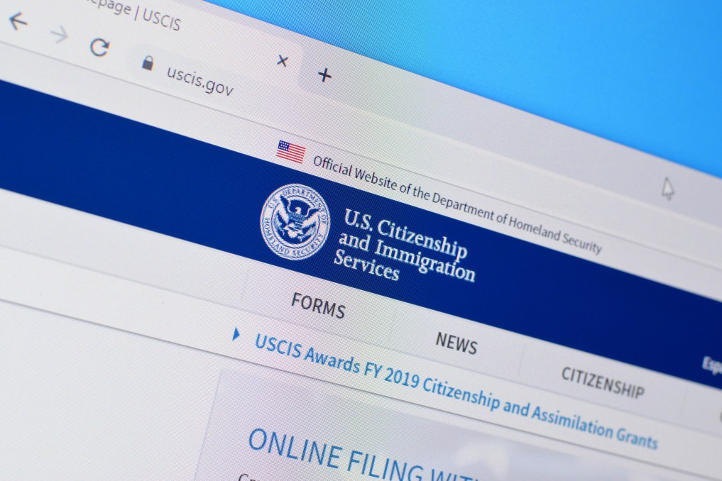 Screenshot of U.S. Citizenship and Immigration website